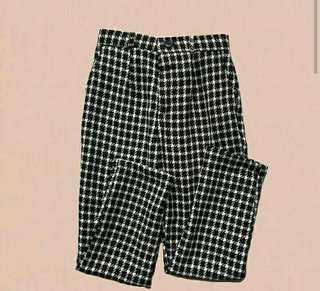 Plaid B/W houndstooth trouser (gingham-like)