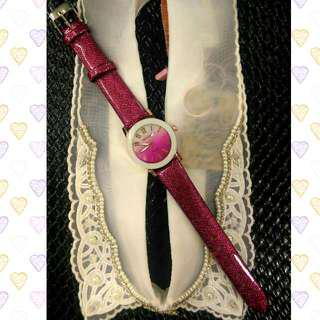 桃紅漸層質感手錶