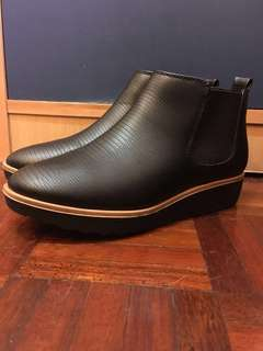 Black Ankle Boots (Size 6)