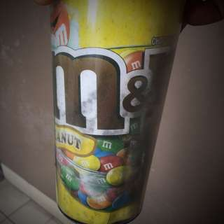 Tempat minumM&M