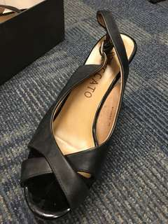 Staccato Wedge Black