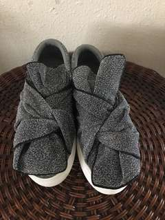 Zalora bought sneakers with bow