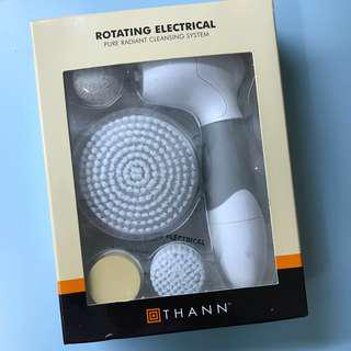 THANN rotating electrical cleansing system 洗面機 (連4個擦頭)