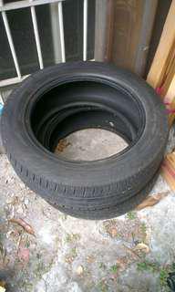 汽車輪胎2個