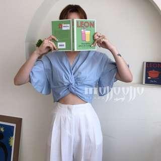 韓 法式風情 交叉V領短版蝴蝶袖襯衫 遮肉顯身材 短袖襯衫 短款V領上衣 性感 OL必備