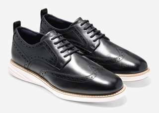 COLE HAAN MEN'S GRAND EVOLUTION WINGTIP OXFORD, SIZE US 10.5