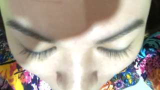 Penumbuh bulu mata