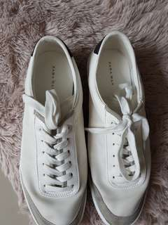 Zara shoes, Sure buyers only. Pls see pictures..