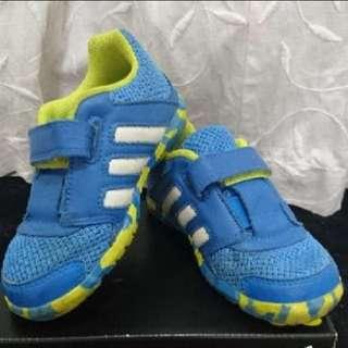 🚚 adidas藍綠色男童球鞋 15cm