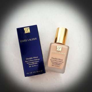Estee Lauder Double Wear Foundation in 2W0 Warm Vanilla