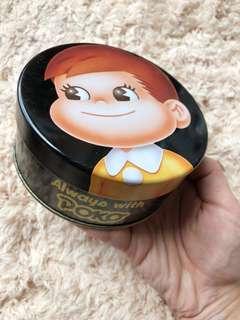 不二家牛奶仔中size collection日本版圓形鐵罐
