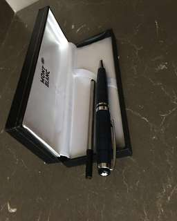 Mont Blanc Rollerball Pen in box - Brand new 360
