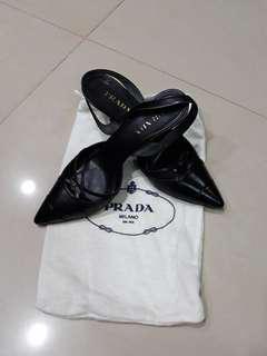 PRADA高跟鞋