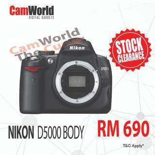NIKON D5000 BODY FULL BOX SET