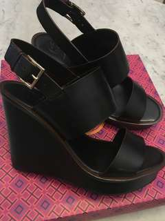 Reprice 🌈🌈 Weekend Sale 🌈🌈 Everything Must Go 🌈🌈 Tory Burch Wedges