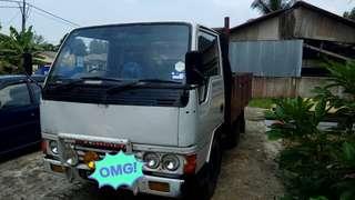 Lorry Mitsubishi 2.8
