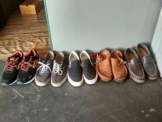 Obral sepatu bekas
