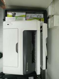 Fuji Xerox   CM 215 FW 9成新  printer 打印機 传真 影印 換機所得