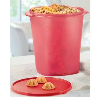 Tupperware Red Royal Canister (1) 11L