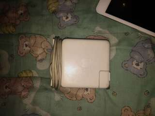 Macbook original magsafe charger