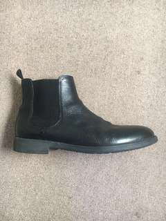 *Sale* Geox Chelsea Boots (42/9)