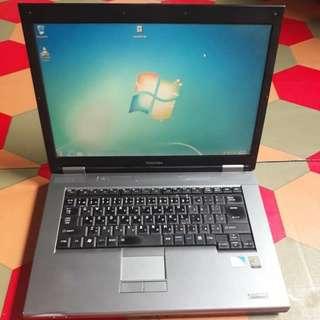 TOSHIBA SATELLITE (Laptop)