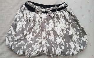 Gray and white short skirt
