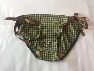 華歌爾年輕貴牌 une nana cool繫帶比基尼式小褲