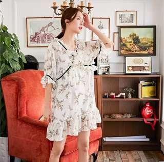 Minimei追加款✪韓系韓版氣質復古印花撞色明線連衣裙荷葉袖v領大擺裙寬鬆透氣度假裙夏新