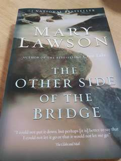 The Other Side of the Bridge (Mary Lawson)