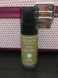 Revlon Colorstay Foundation Combination/Oily (320 True Beige)