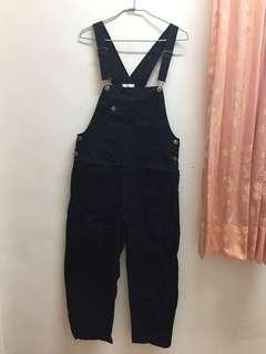 🚚 Pazzo黑色吊帶褲