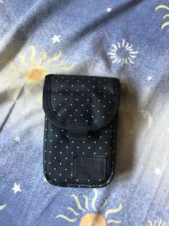 head porter navy dot ipod case