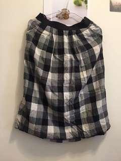🚚 黑白格子棉麻六分高腰裙