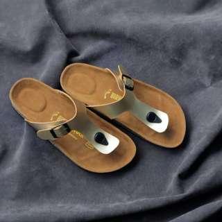 Sandal Birkenstock Wanita Japit Gold Premium.