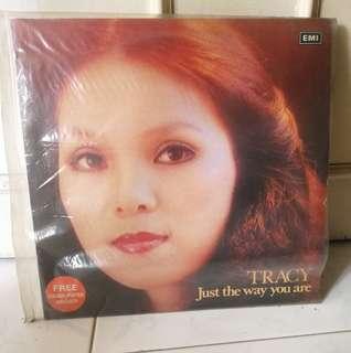 Vinyl Tracy huang