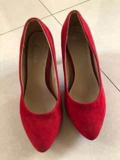 Bowbow red heels