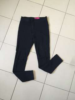 Highwaisted black jeans
