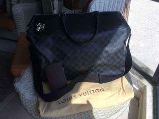 Louis Vuitton Neo Grennwich