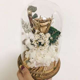 🚚 Decorative Forest themed flower jar/dome with gold rose