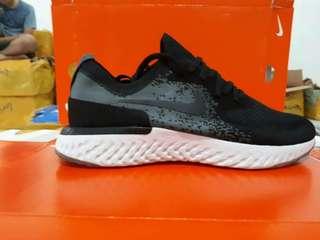 Nike Epic React Black white 40-44