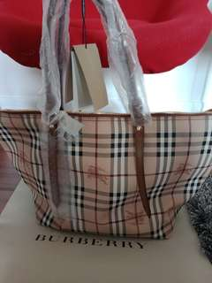 Authentic!!!! Sale!!!!!Haymarket Medium Salisbury tote