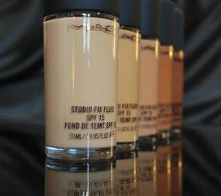 MAC Foundation Studio Fix Fluid SPF 15