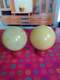 🚚 價錢由你開可以才賣黃玉球5.3公分