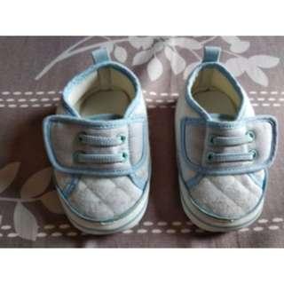 🚚 麗嬰房 學步鞋