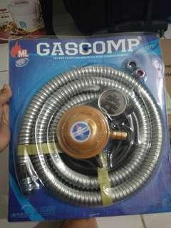 Kompor gas dan selang karet LPG