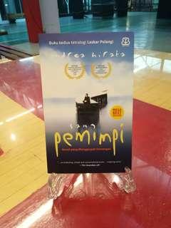 BUKU INDONESIA : SANG PEMIMPI - LASKAR PELANGI 2 (ANDREA HIRATA)