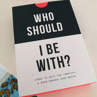 Who should i be with , book cards game