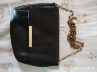 Berksha shoulder bag