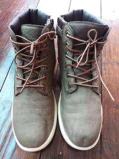 Sepatu Sneaker Timberland